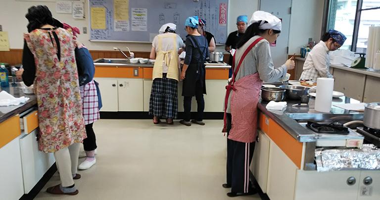 今治市手をつなぐ育成会の料理教室02